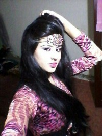 Female escort Khushi