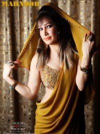 Female escort Mahnoor