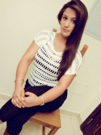 Female escort Naina